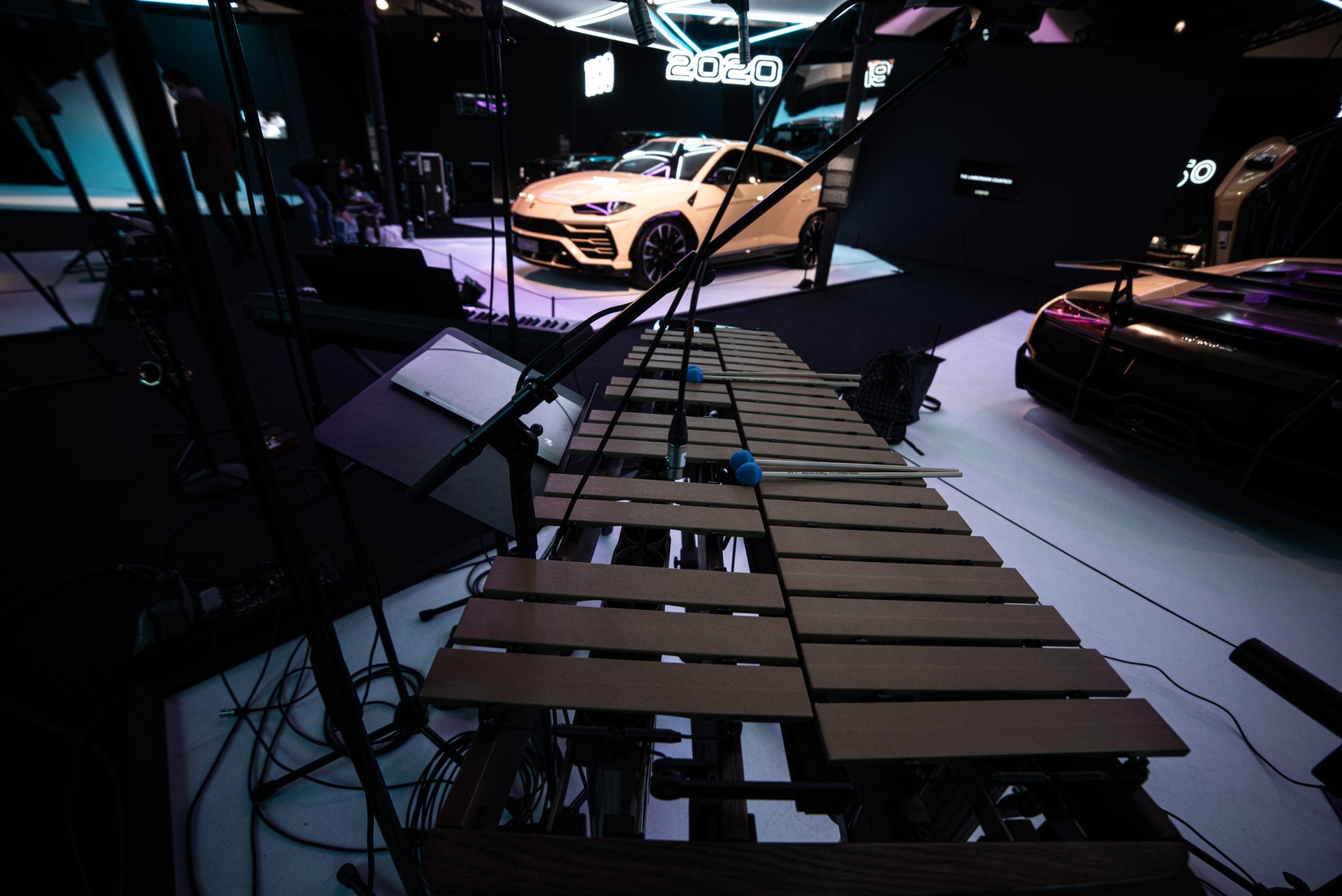 On continue le voyage musical avec le groupe Duosmose à bord d'une Bugatti